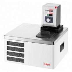 Термостат охлаждающий/нагревающий Julabo DYNEO DD-201F, объем ванны 4 л, мощность охлаждения при 0°C - 0,15 кВт, с аналоговым интерфейсом