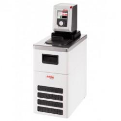 Термостат охлаждающий/нагревающий Julabo DYNEO DD-300F, объем ванны 4 л, мощность охлаждения при 0°C - 0,27 кВт, с аналоговым интерфейсом